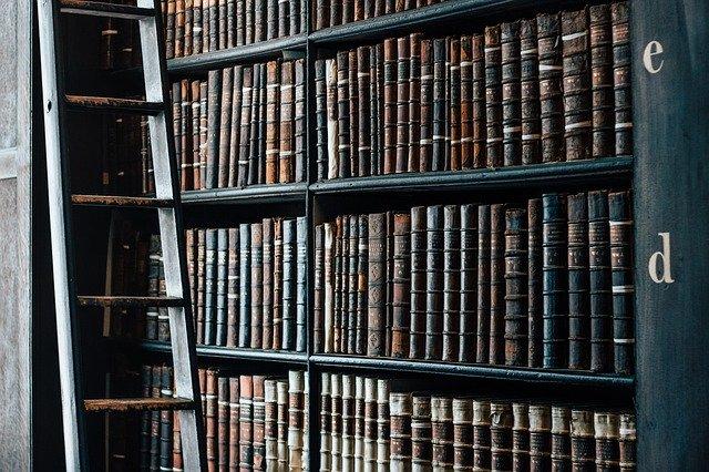 Büchern Einlagerung