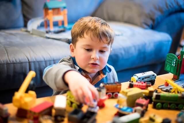 Einlagerung von Spielzeug, Büchern, Kleidung, Möbel oder dem Kinderwagen